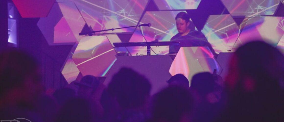 Defunk Bluebird Nightclub Reno Nevada Nightlife Events Venue Downtown Concerts (2)